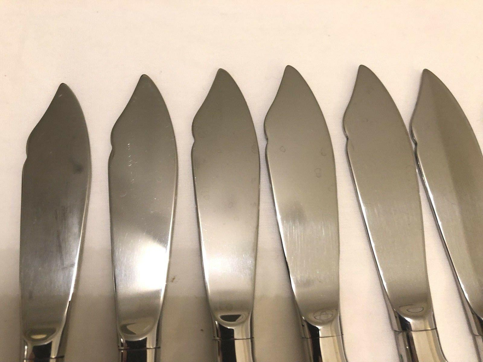 Lot of Oneida Mirror Finish Butter Spreader